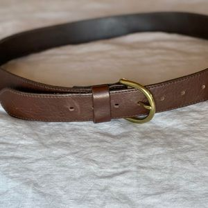 Eddie Bauer leather belt, brass buckle. Women's XL